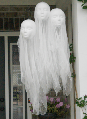 halloween-ghost-heads