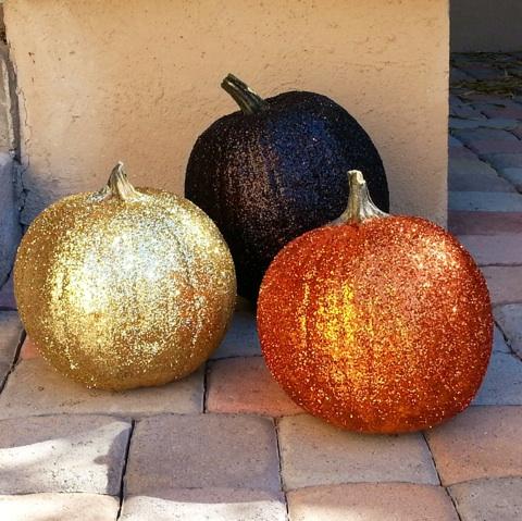 halloween-glitter-pumpkins